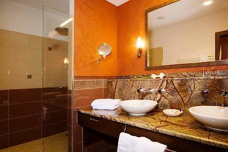 Feuer Suite - Badezimmer