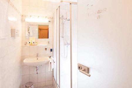 Standard- & Komfortzimmer Typ2 - Badezimmer