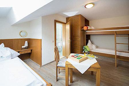 Standard- & Komfortzimmer Typ4a - Kinderzimmer