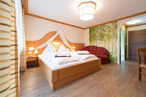 Hotelzimmer beim Kramerwirt in Bayern